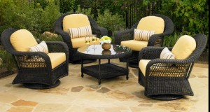 Long Island Outdoor Chat Dining Collection