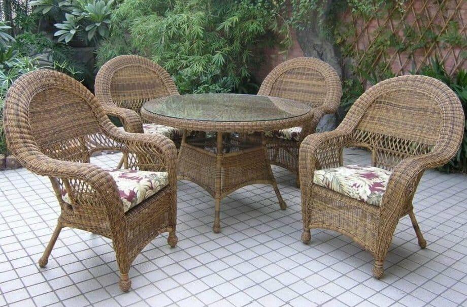 Long Island Outdoor Wicker Dining Set