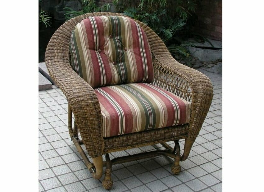 Long Island Outdoor Wicker Chair Glider