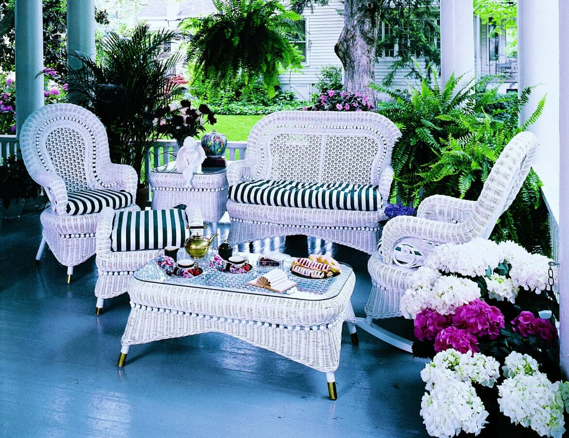 Country porch wicker furniture kozy kingdom for Wicker and rattan indoor furniture